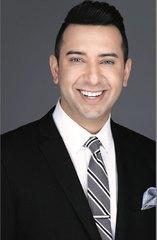 Gary                    Ismail                    Broker Associate Real Estate Agent