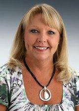 Tina                    Williams                    Cox                    Broker