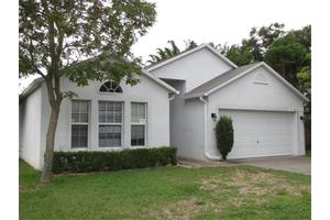 924 Cascades Park Trl, Deland, FL 32720