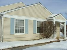 3221 Northfield Ct, Orion Township, MI 48360