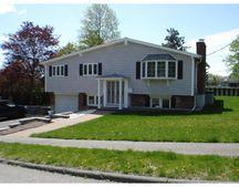 19 Truman Rd, Peabody, MA 01960