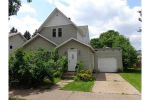 1014 S 1st Ave, Wausau, WI 54401