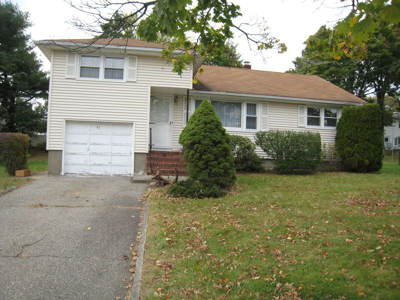 43 John Alden St Clifton Nj 07013
