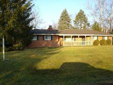 2654 Green Hills Dr, Beavercreek, OH 45431