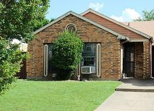 443 Dollins St, Cedar Hill, TX 75104