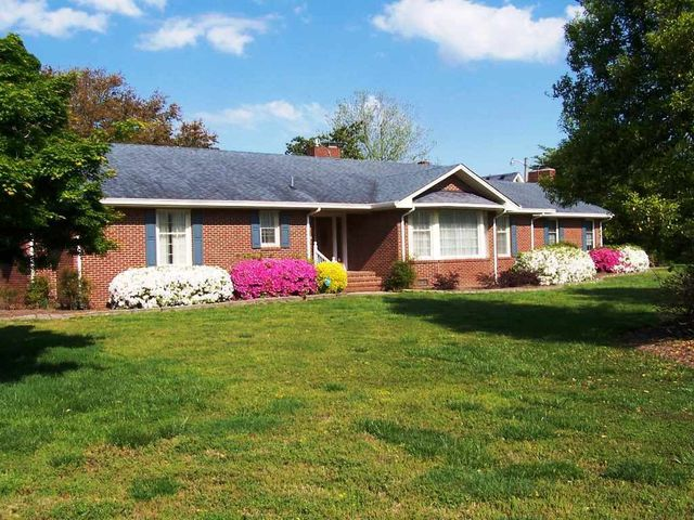 jarvisburg singles The average price of homes sold in jarvisburg, nc is $ 164,250 approximately 721% of jarvisburg homes are owned, compared to 1402% rented, while 1387% are vacant.
