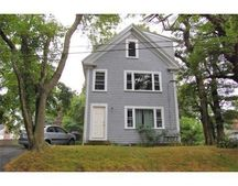 7 Wood St, Plymouth, MA 02360