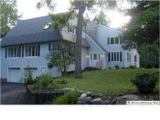 1615 Twin Lakes Dr, Wall, NJ 08736