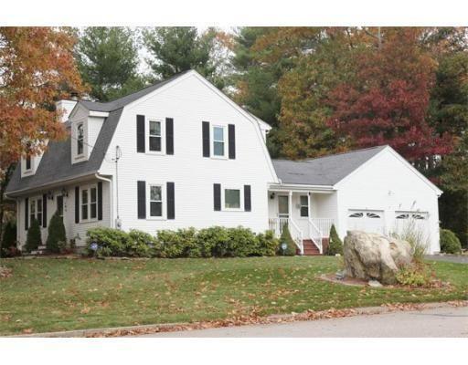 190 sumner st stoughton ma 02072 home for sale and real estate listing. Black Bedroom Furniture Sets. Home Design Ideas
