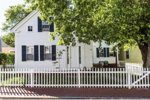 66 Commercial St # 1, Provincetown, MA 02657