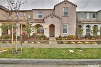 3113 Village Center Dr, Roseville, CA