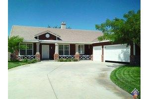 4835 West Ave # K-6, Lancaster, CA 93536