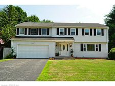 220 Scott Dr, Manchester, CT 06042