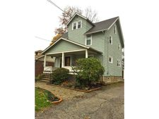 1639 10th St, Cuyahoga Falls, OH 44221