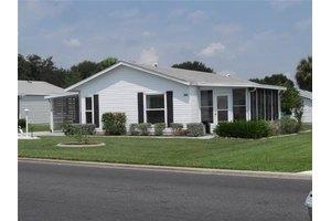 744 Prado Dr, Lady Lake, FL 32159