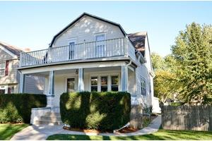 4816 N Larkin St, Village of Whitefish Bay, WI 53217