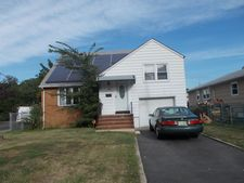 542 Springfield Rd, Linden City, NJ 07036