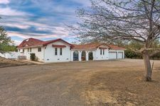 653 Wyer Rd, Arbuckle, CA 95912