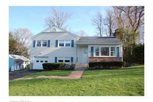 7 Berkshire Dr, Danbury, CT 06811