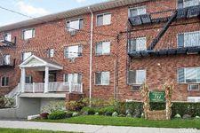 711 Willis Ave Apt 5E, Williston Park, NY 11596