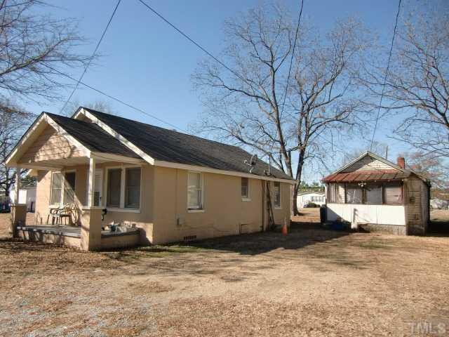 938 Blount St, Smithfield, NC 27577