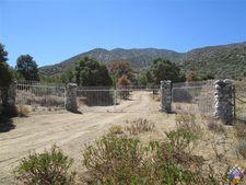 Sierra Mesa Rd, Juniper Hills, CA 93543