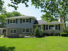319 55th Pl, Downers Grove, IL 60516