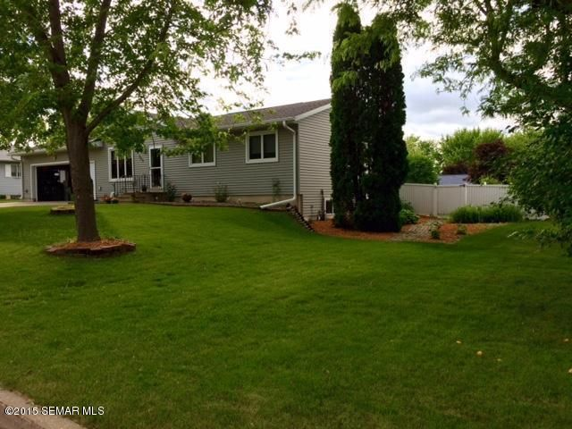 hokah singles Single family home for sale in lino lakes, mn  with 2,075 sqft and a lot size of 109x208x84x201 6630 hokah drive has 4 bedrooms, 20 baths, and was built in 1981.