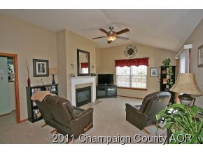An Unaddressed Champaign, IL 61822 Recently Sold Home ...
