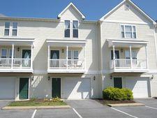 1262 Victorian Village Dr, Harrisonburg, VA 22802