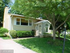 403 Dove Cir Sw, Vienna, VA 22180