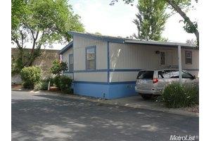 3901 Lake Rd Spc 241, West Sacramento, CA 95691