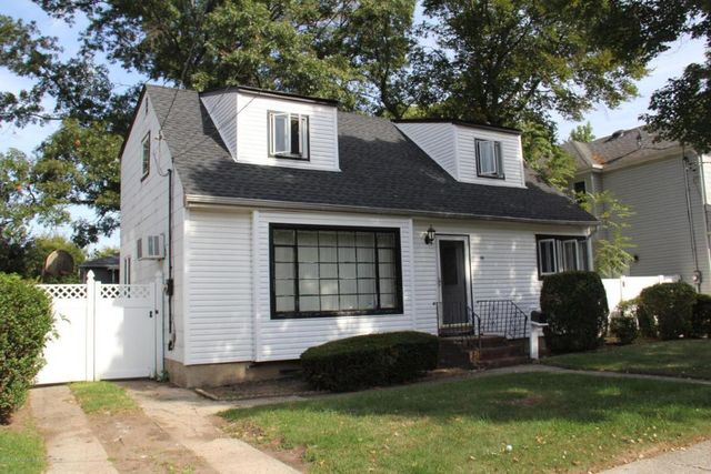 Neuhaus Realty Staten Island Rentals