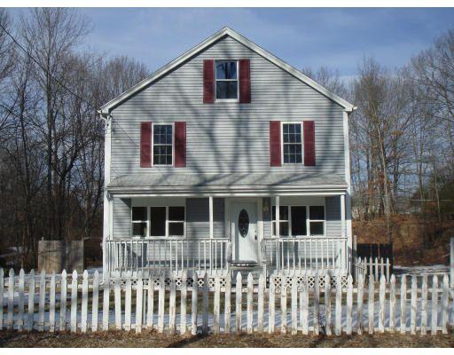 21 Carpenter Rd, Dudley, MA 01571