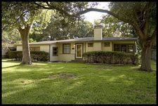 1705 W Houston Dr, La Marque, TX 77568
