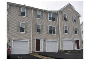 56 Buttercup Ln Unit 143, Grafton, MA 01560