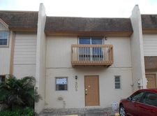 3900 Sw 52nd Ave Apt 302, Pembroke Park, FL 33023