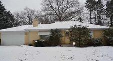 1527 Scottswood Rd, Rockford, IL 61107