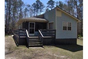 1434 Sandy Creek Dr, Eufaula, AL 36027