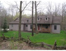 9146 Findley Lake Rd, North East, PA 16428