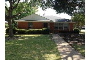 537 Ridgedale Dr, Richardson, TX 75080