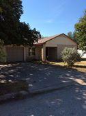 321 Mimosa St, Kerrville, TX 78028
