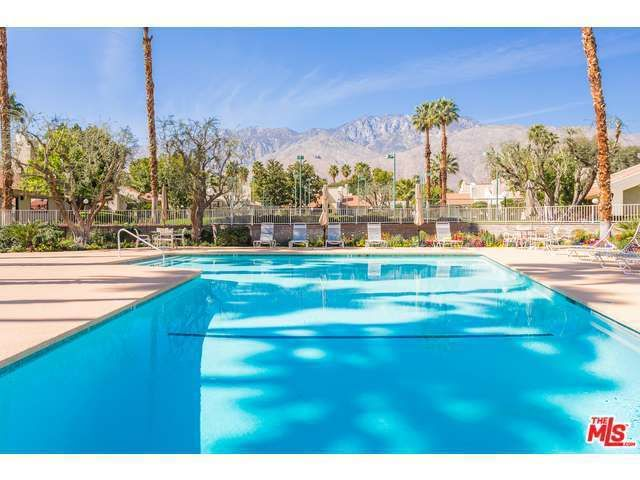 1655 S Beverly Dr Apt D Palm Springs, CA 92264
