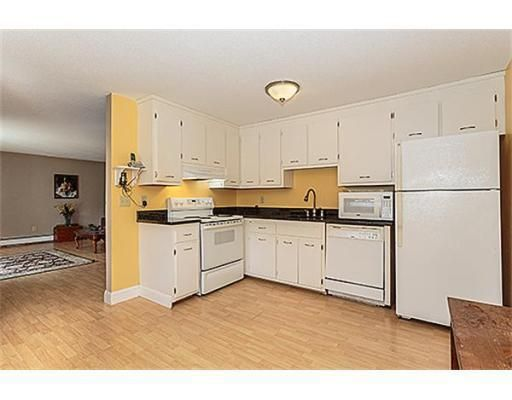2400 Skyline Dr Unit 3 Lowell Ma 01854