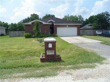 414 Manor Ave, Arcola, TX 77583