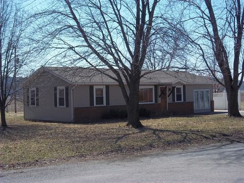 Photo of 114 Lambert Dr, Shawneetown, IL 62984