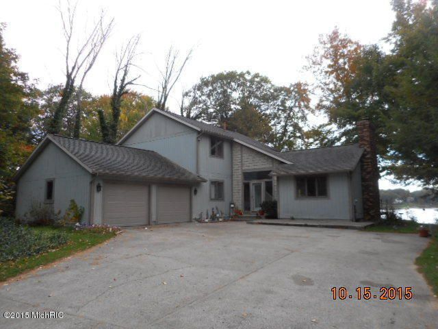 570 ranch dr norton shores mi 49441 home for sale and for Norton ranch homes
