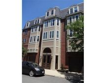 320 W 3rd St Unit 302, Boston, MA 02127
