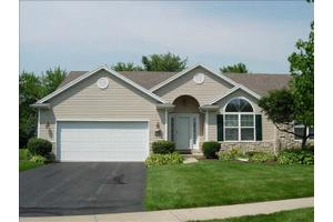 3038 Pebble Creek Ln, Lambertville, MI 48144