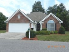2024 Old Charleston Cir, Laurinburg, NC 28352